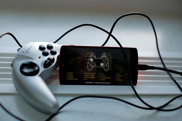 Подключение геймпада к смартфону через OTG
